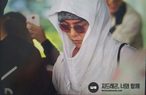 gd-arrival-incheonfromparis-20140528 (9)