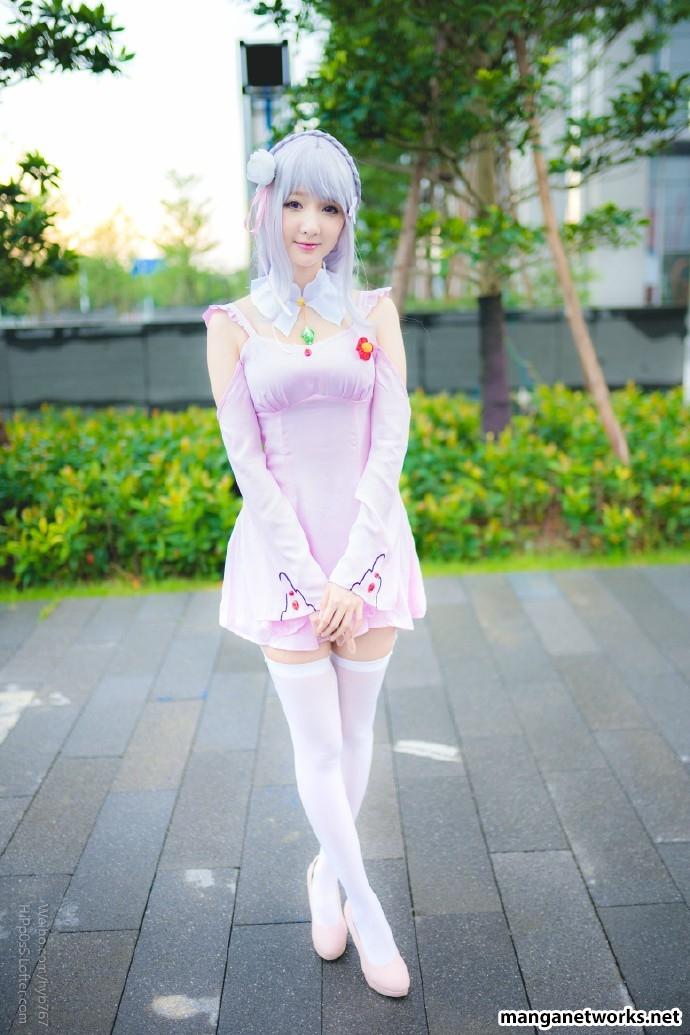 29278477385 41647746cf o [ Tổng hợp ] Bộ ảnh cosplay của Emilia của Coser ASAKI   Dễ thương đến mê hồn