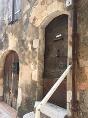 Old door, Régusse