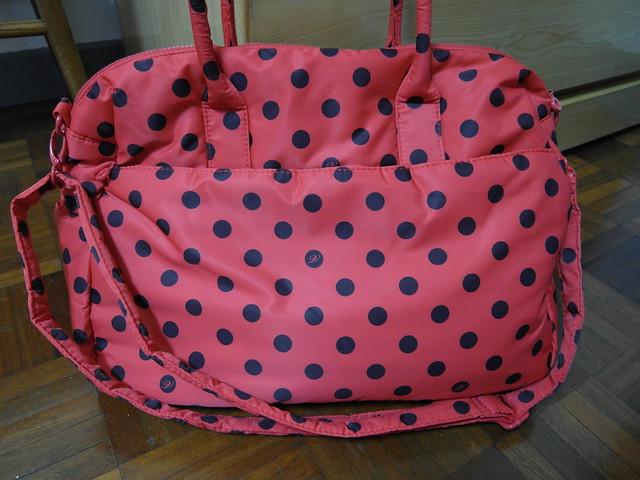 包包背面@VOVAROVA紅色點點圓舞曲波士頓包