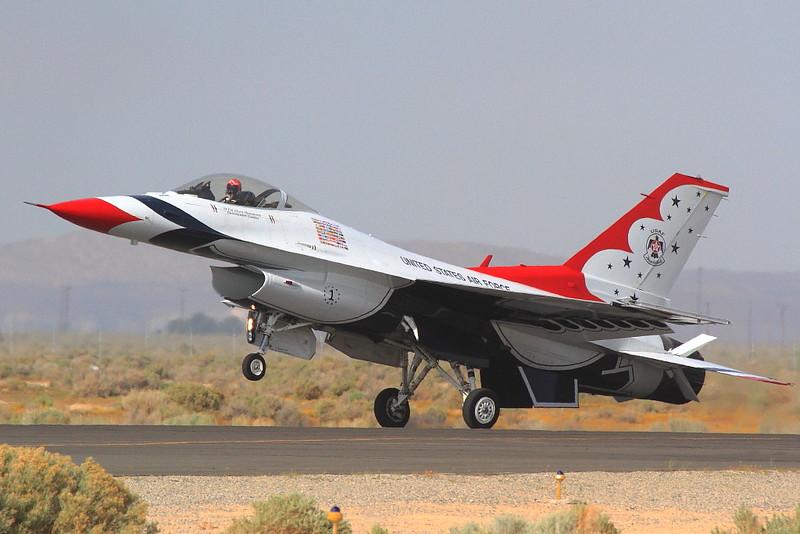 IMG_8029 Thunderbirds Landing