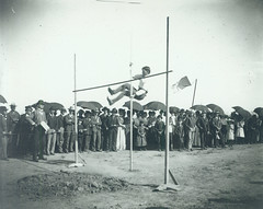 1902 first championship track team pole vaulter Morton House 1900