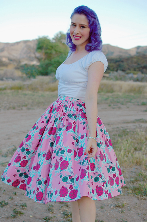 Pinup Girl Clothing Mary Blair Jenny skirt in Lips and Roses 017