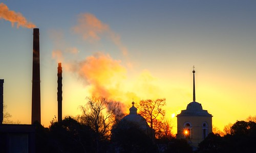 cloud sun tree church clouds sunrise canon suomi finland lens religious eos town spire flare rise plume kotka 1200d