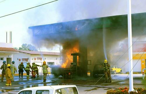 Estalla violencia en Jalisco: autoridades confirman 7 muertos y 15 heridos