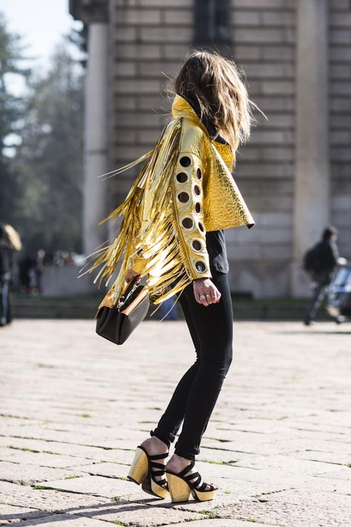 fringed-jacket-street-style-17