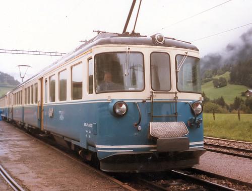 M.O.B. 4001