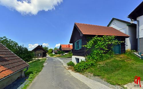 Phot.Austria.Csaterberg.Kellerstöckl.01.061622.9188.jpg