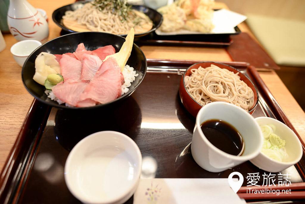 《东京美食推荐》浅草荞麦面まぐろそば,点上一碗人气招牌金枪鱼荞麦面吧!