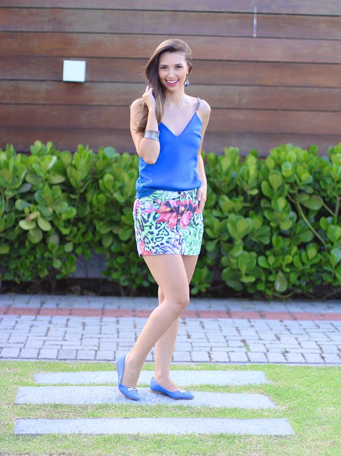 01-saia jeans colorida estampada e blusa azul naguchi verão blog sempre glamour