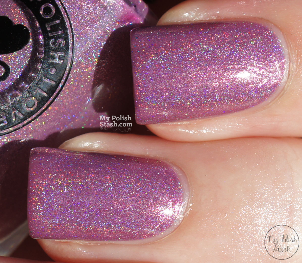 ILNP-dreaming-in-violet-swatch-macro