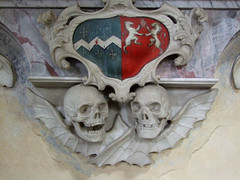 two hysterical skulls