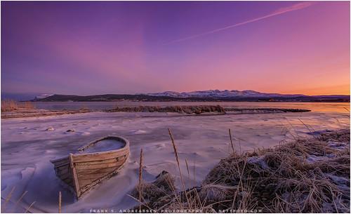 winter light sunset sky snow ice nature norway canon river frank boat is vinter frost purple natur arctic lys 1740mm båt nordnorge sne solnedgang mkii troms elv andreassen tjeldsund arktisk nettfoto