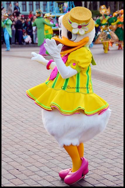 Vos photos avec les Personnages Disney - Page 40 16617698233_5042f4d119_z