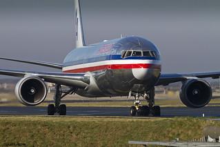 LFPG 22 fevrier 2015 Boeing 767 American Airlines N357AA