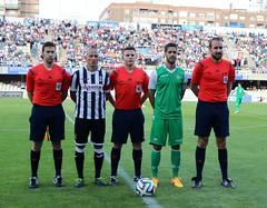 Trío arbitral y capitanes del FC Cartagena 0 Real Betis B 2