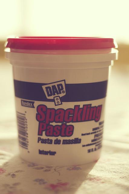 Spackling Paste