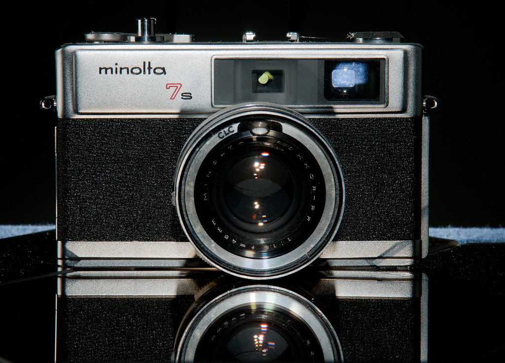 CCR - Review 8 - Minolta Hi-Matic 7s