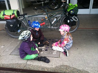 Kids hanging out on the sidewalk in Salem