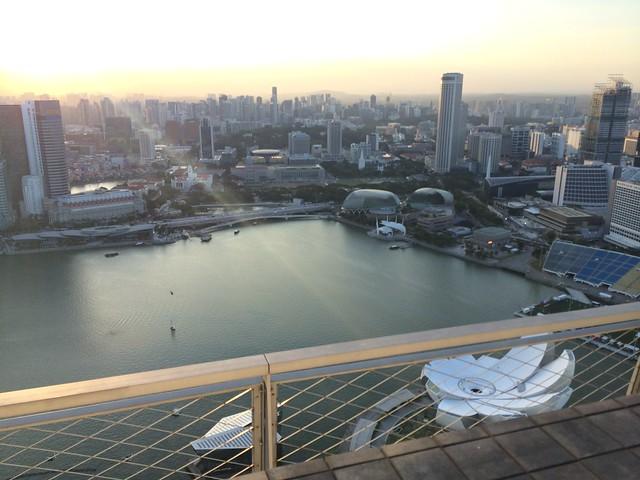 IMG_2584 インフィニティ・プール(天空プール)マリーナ・ベイ・サンズ・ホテル Marina Bay Sands Hotel