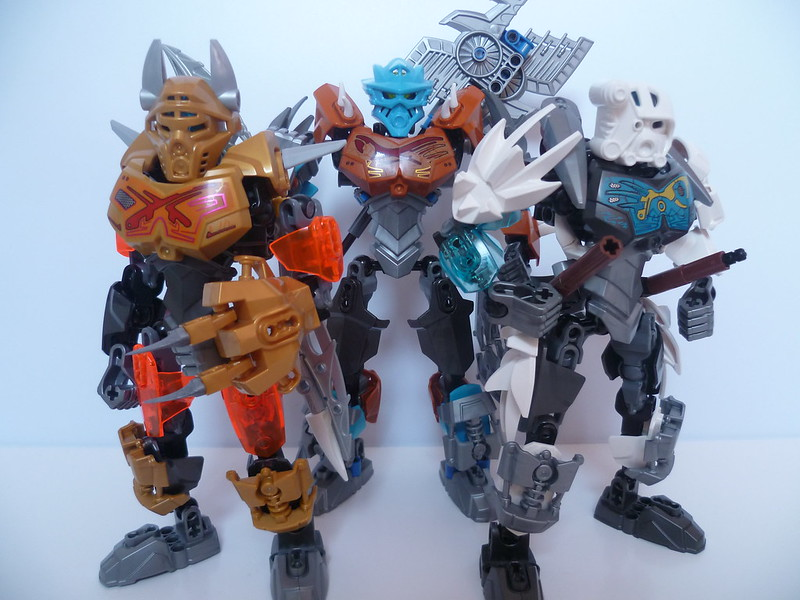 [MOC] Monster Hunting Toa Trio 17121506845_f0b422672d_c