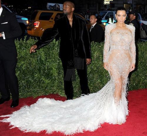 Photos-Met-Gala-2015-Kim-Kardashian-ose-tout-devant-Kanye-West-conquis_portrait_w674