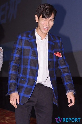 TOP-StageGreetings_Day1-20140906_(38)
