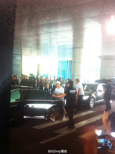 more BIGBANG arrival Shenzhen 2015-08-07 (52)