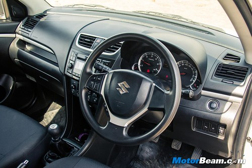 Suzuki indonesia 2015 images for Swift vxi o interior