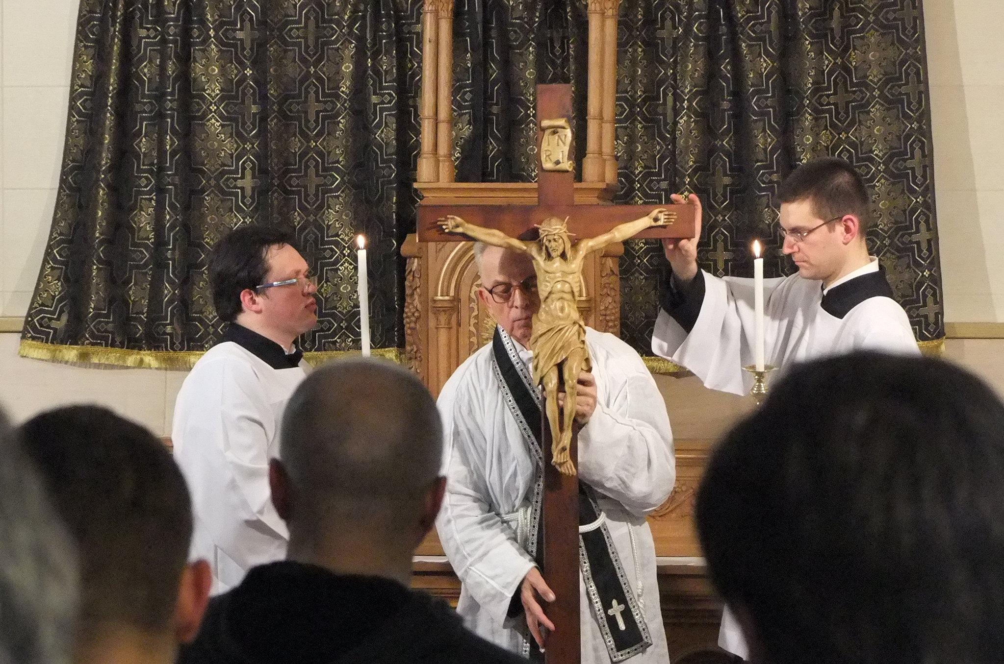 Архиепископа стефана обвинили в гомосексуализме