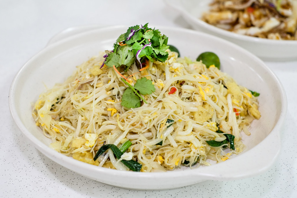 Lao Ban Niang Zhu Chao: Hometown Dried Fried Bee Hoon