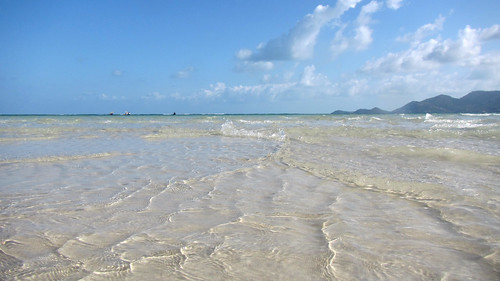今日のサムイ島 3月30日 チャウエン北のサンドバー(飲物持参)