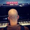 Play me, I'm yours (tra le frasi più belle di sempre, anche quando viene da un piano) #pianosolo #pianocondiviso