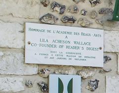 Photo of White plaque № 39473