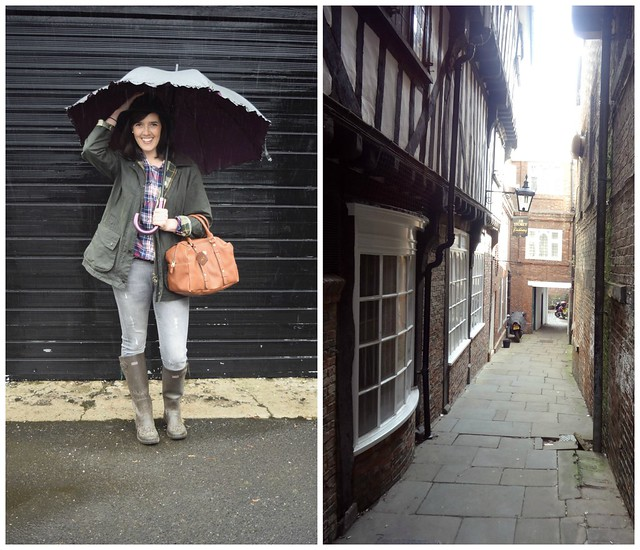 UK lifestyle blogger Natbeesfashion travelling to York England