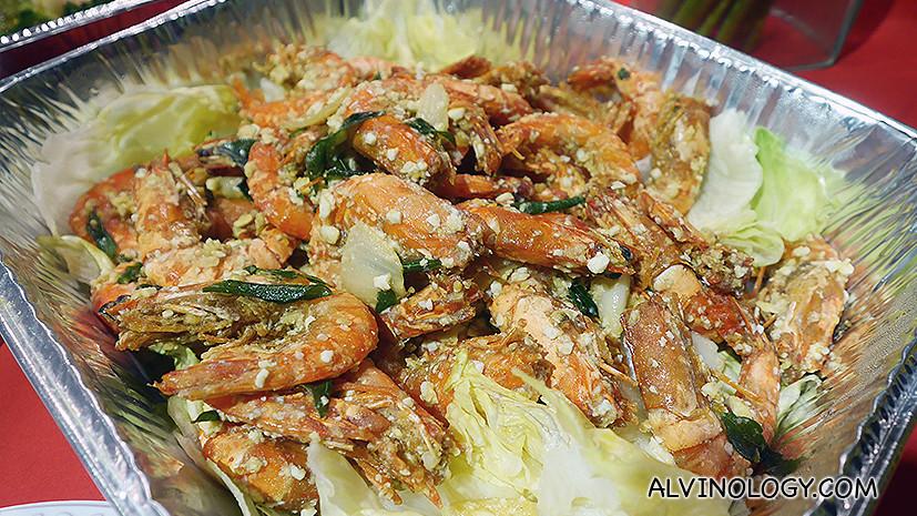 Special salted egg prawns