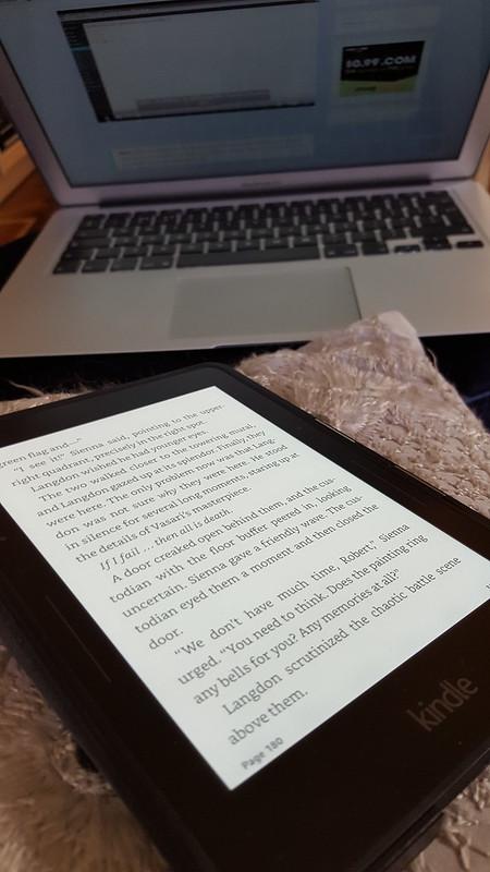 Social Media Detox - Swap Phone for a Book