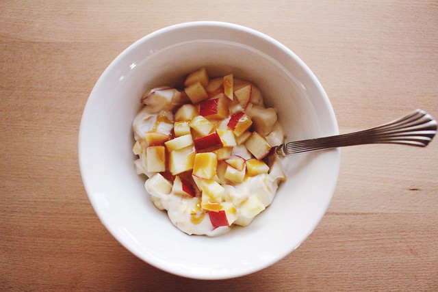 greek yogurt 52 ways: no. 6 caramel apple