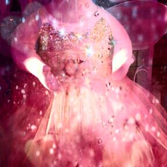 Glinda's dress when she was a child....actually saw in window in Middletown, DE