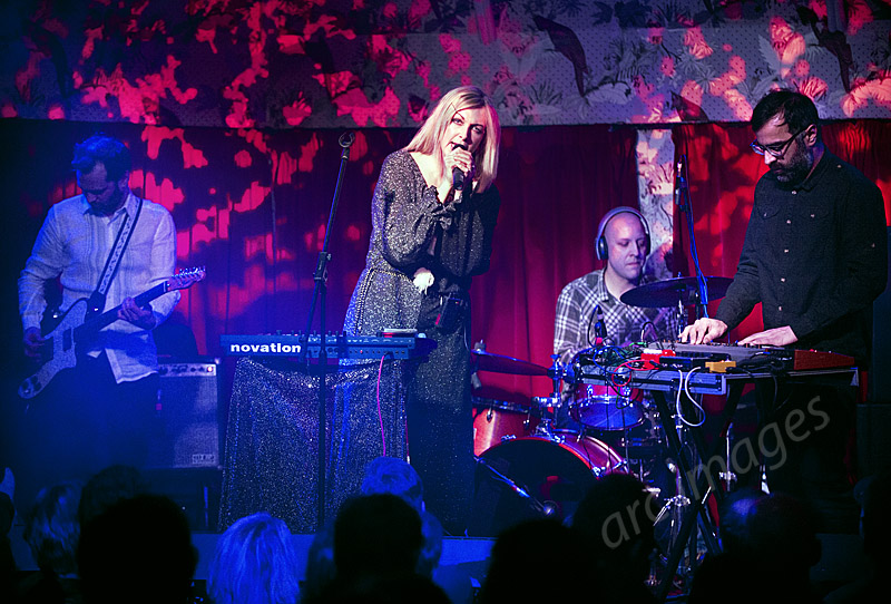 Jane Weaver, Manchester Deaf Institute, 21-3-15