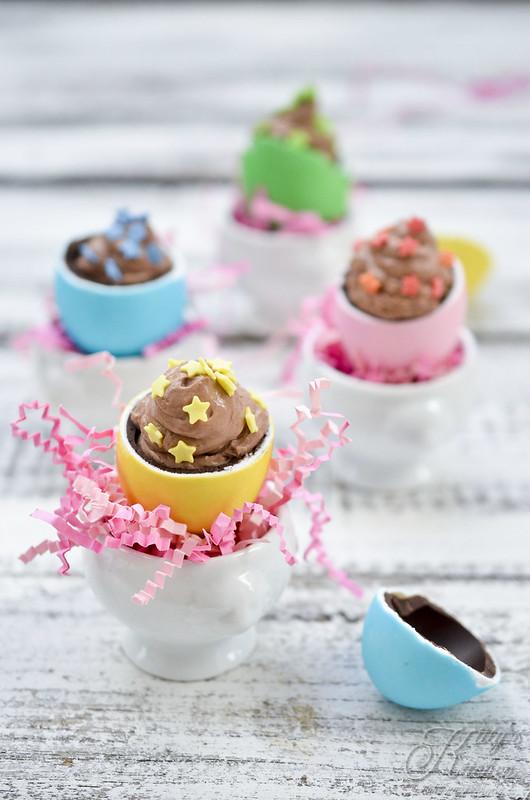 uova con crema cheesecake al cioccolato