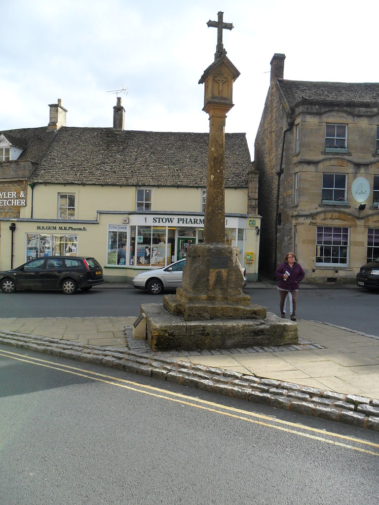 The Cotswolds  and Moreton in Marsh (1)