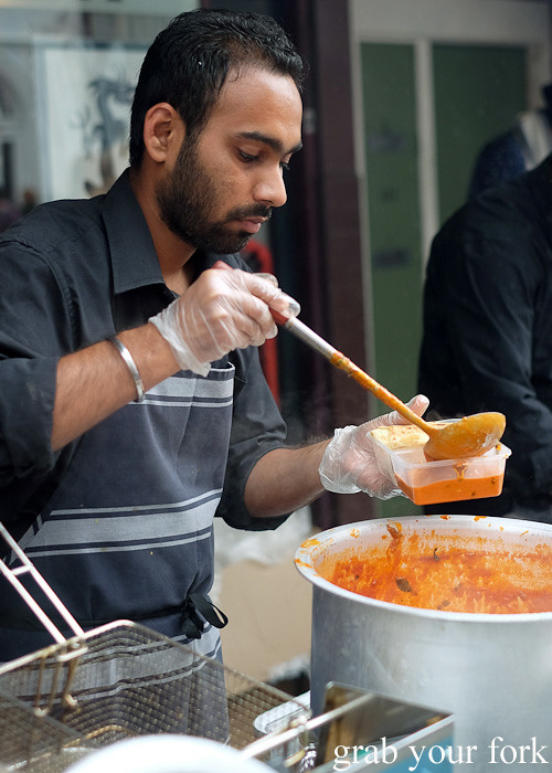 Butter chicken at the Cuba Dupa Festival 2015, Wellington
