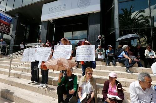 Peligran pensiones de 80 millones de latinoamericanos, advierte informe