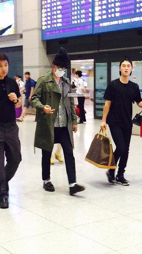 Big Bang - Incheon Airport - 26jul2015 - bunnyslipper - 02