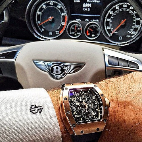 Todleho Blog: Who Doesn't Love Bentley? #luxurious