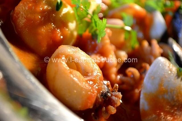 Soupions et Coquillages à la Sauce Piquante  © Ana Luthi Tous droits réservés 001