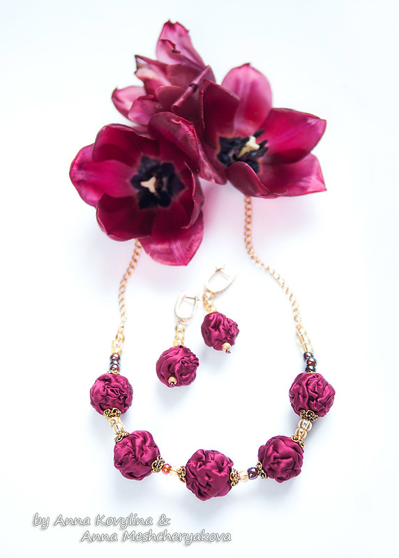 Burgundy wine earrings and necklace of silk