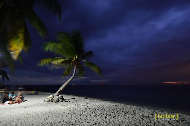 Dayang beach at dusk