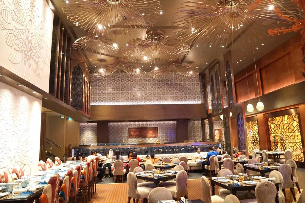 batch_The Golden Peacock - review - Macau michelin star restaurant - halal food-007